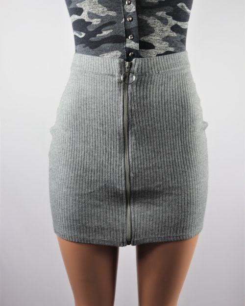 Circle zipper mini skirt