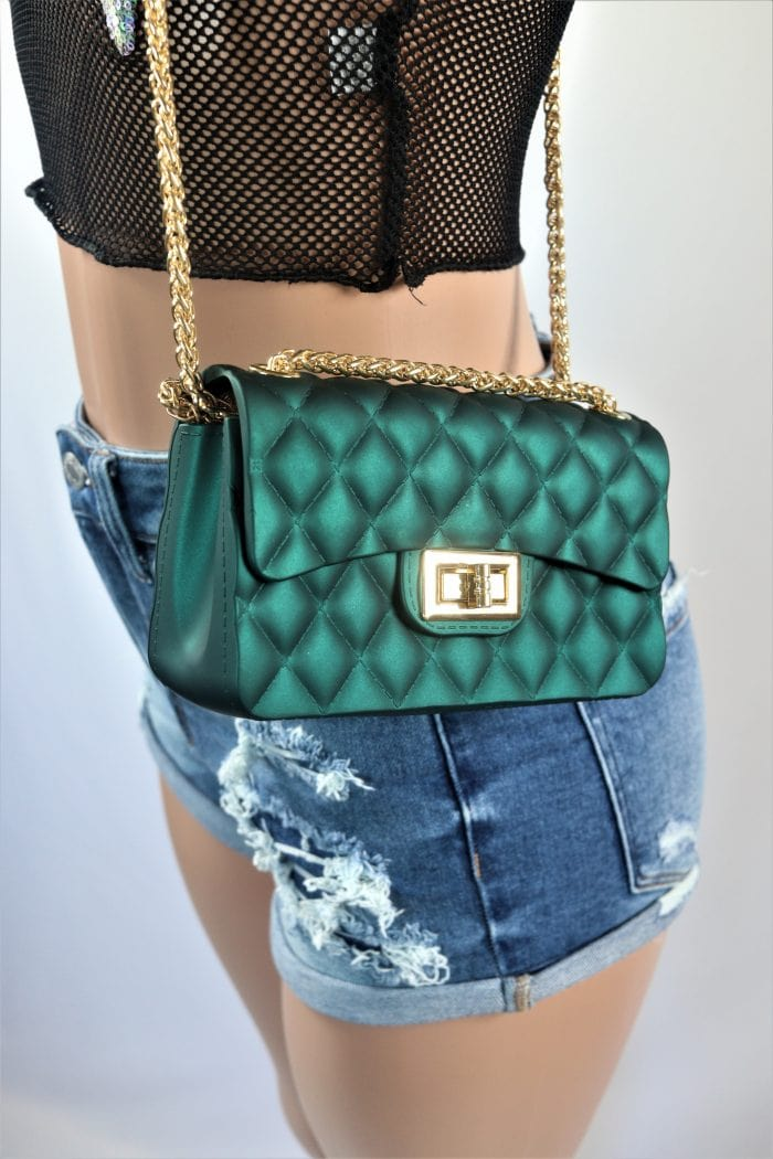 Simple Quilted Crossbody Bag 1