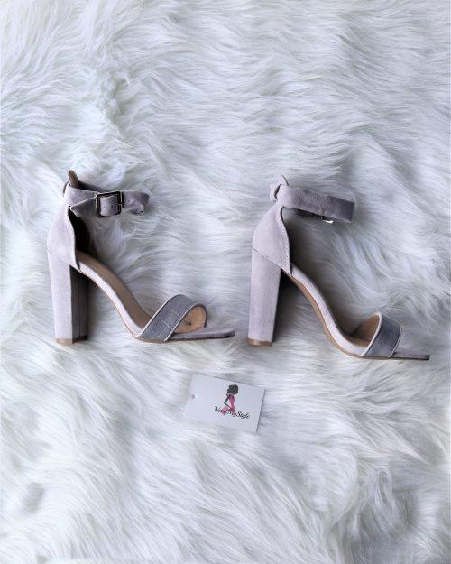 Jennifer Heels 2